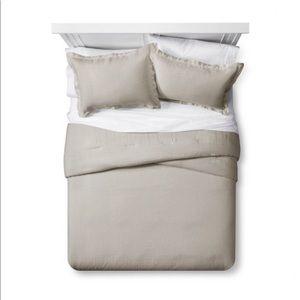 NEW Fieldcrest Linen Blend 3 Piece Bedding Set QN